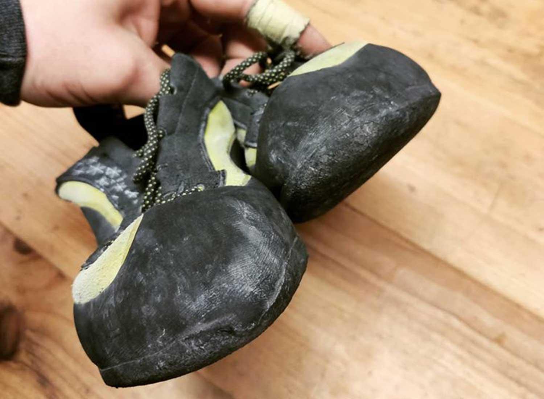 scarpette da arrampicata consumate