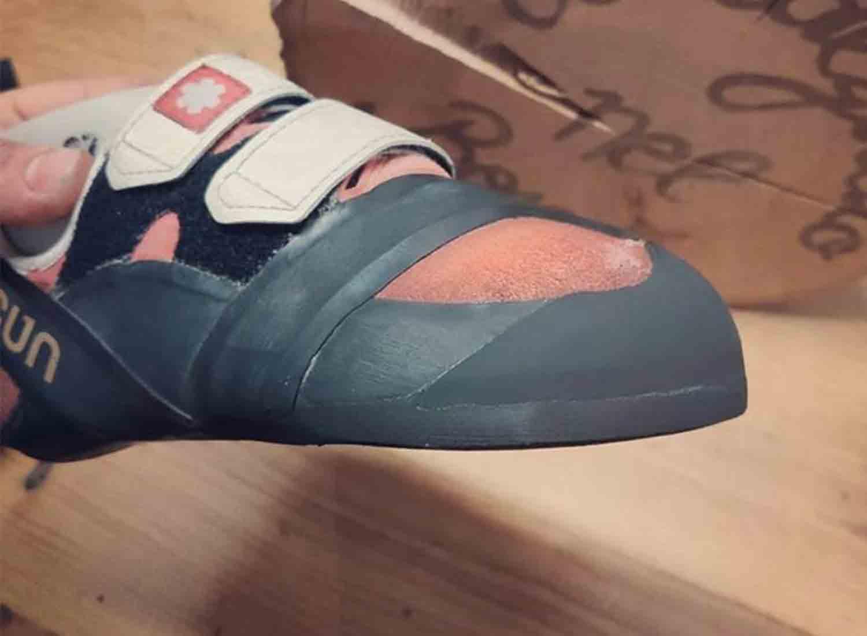 scarpette da arrampicata risuolate con puntale